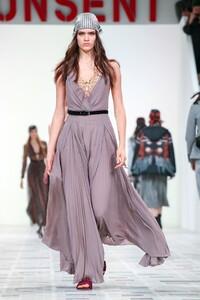 Alexandra Micu Christian Dior Fall 2020 RTW PFW 2.jpg