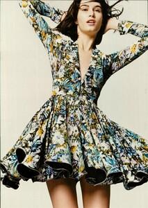 ARCHIVIO - Vogue Italia (June 2004) - A Play of Ruffles - 011.jpg