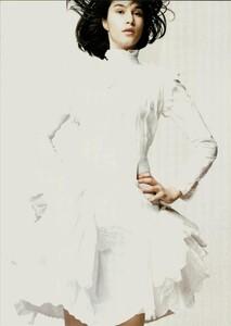 ARCHIVIO - Vogue Italia (June 2004) - A Play of Ruffles - 008.jpg
