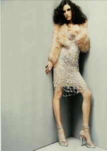ARCHIVIO - Vogue Italia (March 2004) - Jennifer Connelly - 006.jpg