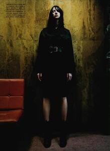 ARCHIVIO - Vogue Italia (September 2003) - Charlotte Gainsbourg - 003.jpg