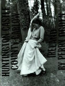 ARCHIVIO - Vogue Italia (November 1997) - Huntington Castle - 002.jpg