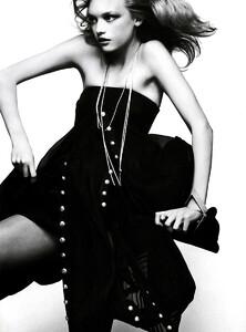 Vogue_Italia_Março2005_phNathanielGoldberg_GemmaWard_02.jpg