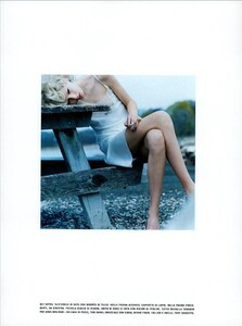 ARCHIVIO - Vogue Italia (August 2003) - Gleams and More - 003.jpg