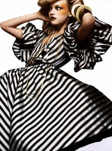 Vogue_Italia_Março2005_phNathanielGoldberg_GemmaWard_10.jpg