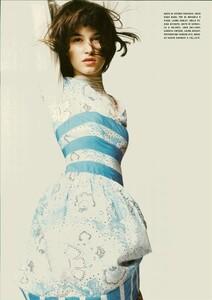 ARCHIVIO - Vogue Italia (June 2004) - A Play of Ruffles - 007.jpg