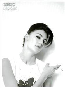 ARCHIVIO-Vogue-Italia-February-2001-People-To-Watch-009.jpg