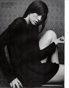 ARCHIVIO-Vogue-Italia-February-2001-People-To-Watch-020.jpg
