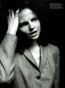 ARCHIVIO-Vogue-Italia-February-2001-People-To-Watch-025.jpg