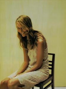 ARCHIVIO-Vogue-Italia-February-2001-People-To-Watch-026.jpg
