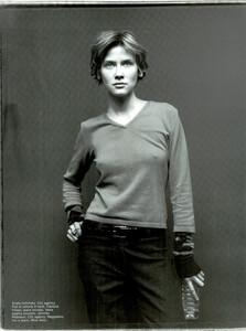 ARCHIVIO-Vogue-Italia-February-2001-People-To-Watch-028.jpg