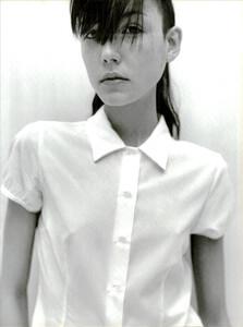 ARCHIVIO-Vogue-Italia-February-2001-People-To-Watch-030.jpg