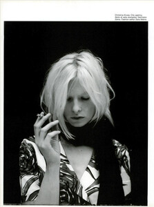 ARCHIVIO-Vogue-Italia-February-2001-People-To-Watch-031.jpg