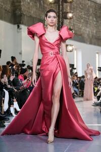 Elie-Saab-Haute-Couture-SS20-Paris-0162-1579697893.thumb.jpg.8a4b8146a88c872ad3a8d2111e6ee119.jpg