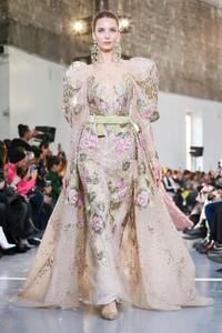 Elie-Saab-Haute-Couture-SS20-Paris-0390-1579698084.thumb.jpg.ff9fbe39d77015139e4a3ad84468461c.jpg