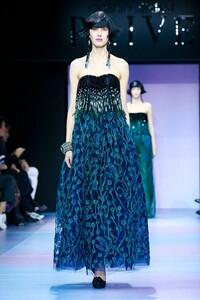 Giorgio-Armani-Prive-Haute-Couture-SS20-Paris-0457-1579635179.thumb.jpg.dd42b48ea7290d0a313b438030c78986.jpg