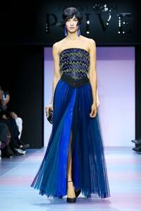 Giorgio-Armani-Prive-Haute-Couture-SS20-Paris-0474-1579635205.thumb.jpg.71e6710521ec2c4e19bc7d4db66b2067.jpg