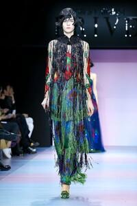 Giorgio-Armani-Prive-Haute-Couture-SS20-Paris-0730-1579635593.thumb.jpg.bec40a0422790988868b4ff9a617c577.jpg