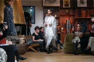 Julie-De-Libran-Haute-Couture-SS20-Paris-1559-1579705681.thumb.jpg.8111ef9ea1c4fb547aa3cc45b87f4f5d.jpg