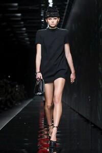 Versace-RTW-FW20-Milan-4968-1582310111.jpg