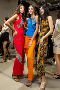 backstage-defile-atlein-printemps-ete-2020-paris-coulisses-80.thumb.jpg.c67f4c5d3c02d1bf55e5ea2d89329d74.jpg