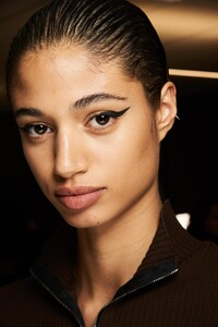 backstage-defile-rag-amp-bone-automne-hiver-2020-2021-new-york-coulisses-12.thumb.jpg.c9d675b3abffea4d76bd214595b61319.jpg