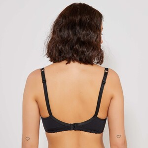 soutien-gorge-dentelle-arum-sans-complexe-noir-lingerie-du-s-au-xxl-tk232_3_zc2.jpg