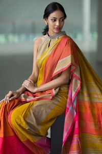 The Best Necklace Designs You Can Wear With Sarees • Keep Me Stylish.jpeg