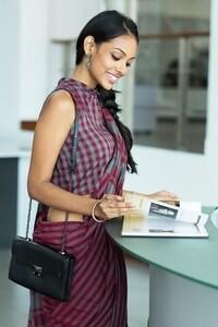 Shop Designer Dresses, Sarees, Tops and more Online _ Fashionmarket_lk (1).jpeg