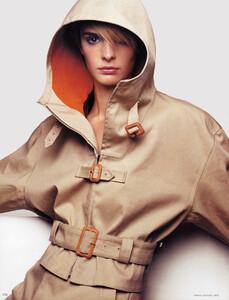 Vogue(DE)_august_2002 (5).jpg