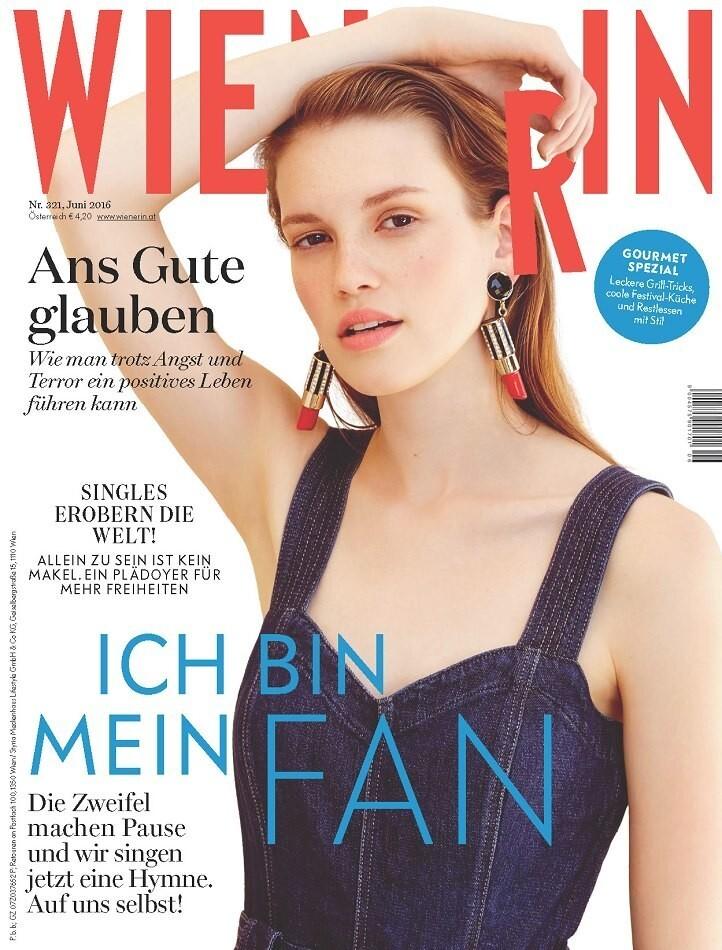 https://www.bellazon.com/main/uploads/monthly_2020_03/650441202_CatherineLewis-wienerinjuin2016.jpg.e08d8713ec5523bba55eb5614469b553.jpg