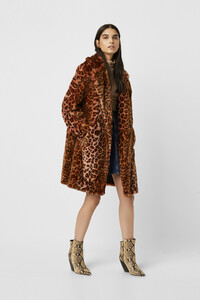 70mbg-womens-fu-rhubarbmulti-analia-ombre-faux-fur-cheetah-coat.jpg