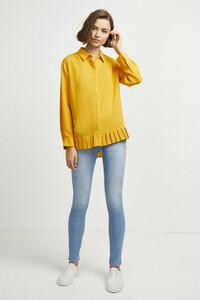 72kz5-womens-fu-callunayellow-crepe-light-pleat-shirt-10.jpg