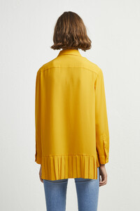 72kz5-womens-fu-callunayellow-crepe-light-pleat-shirt-12.jpg