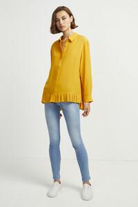 72kz5-womens-fu-callunayellow-crepe-light-pleat-shirt-13.jpg