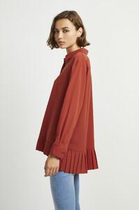 72kz5-womens-fu-callunayellow-crepe-light-pleat-shirt-15.jpg