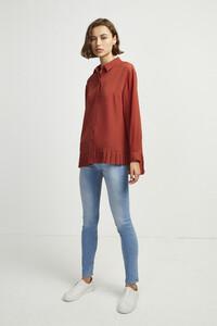 72kz5-womens-fu-callunayellow-crepe-light-pleat-shirt-17.jpg