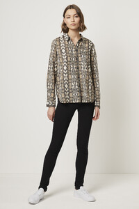 72lya-womens-fu-creamsnake-light-snake-boyfit-shirt.jpg