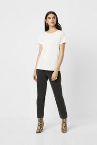 768zy-womens-cr-white-classic-crew-neck-t-shirt-6.jpg