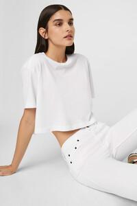 76noj-womens-fu-linenwhite-sahana-jersey-cropped-t-shirt-2.jpg
