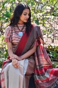 Shop Designer Dresses, Sarees, Tops and more Online _ Fashionmarket_lk (2).jpeg