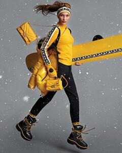 Bella-Hadid-Michael-Michael-Kors-Holiday-2019-Campaign02.thumb.jpg.c3c20ccda7939df06b86b32e1c8da5f5.jpg