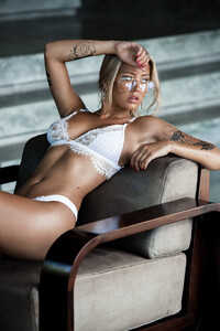 Lost_Without_You_Model_Cathlin_Christina_Ulrichsen_in_Bali_2018_08.jpg