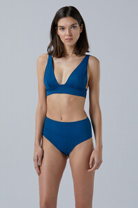 NOW_THEN-Sustainable_Luxury_Swimwear-KapalaiFarond_deepwaters_detail.jpg