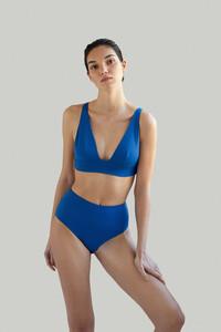 NOW_THEN-Sustainable_Luxury_Swimwear-KapalaiFarond_swell_detail.jpg