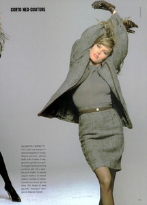 Neocouture_Bailey_Vogue_Italia_July_August_1987_06.thumb.png.8e3f01884472531b0fb4a054a04d6f1b.png