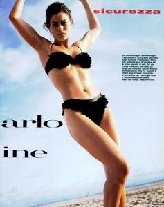 Snyder_Vogue_Italia_June_1992_08.thumb.png.a568599bc05832b30a6ec881222aa808.png