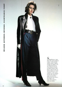 Uniformi_Hiro_Vogue_Italia_July_August_1987_03.thumb.png.dd7c6b6dbe700aaaf4eb6ccb0ed913d0.png