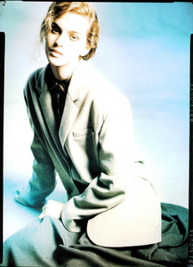 Vallhonrat_Vogue_Italia_July_August_1987_03.thumb.png.bc10b3c22ff0f1ca092fe597fcde832a.png