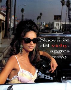 Vichy_Watson_Vogue_Italia_June_1992_01.thumb.png.7f6cd7b5d2c9b794ebc11fea8078a613.png